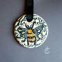 The Bumblebee - 3D artwork in frame - Christmas gift idea - stocking filler