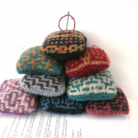 Pin Cushion - 1 Knitters pin cushion HALF PRICE , choose colour