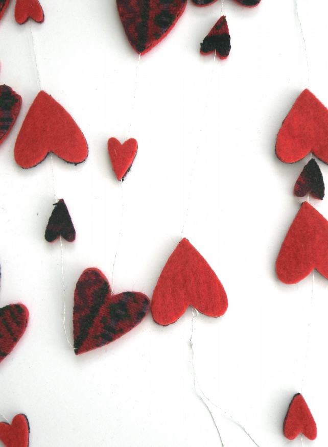 Red valentine hearts banner