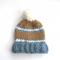 Knitted striped Ski hat , beanie hat with pom pom