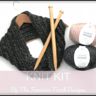 Soft Mohair ribbed cowl knitting kit