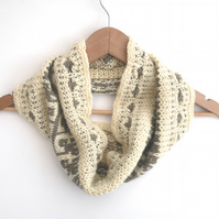 Leafy Cowl Knitting Kit HALF PRICE