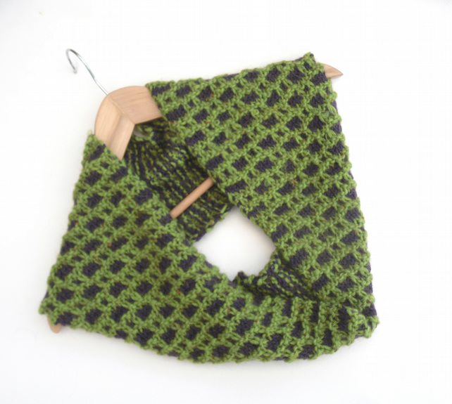 Two coloured textual cowl in apple green and purple