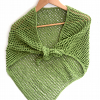 Asymmetrical green lace cotton shawl