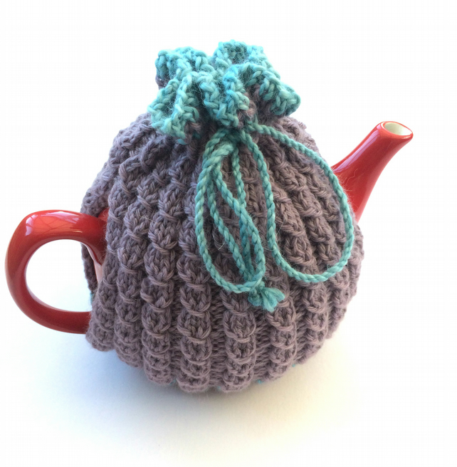 Lilac wool hand knit tea cosy
