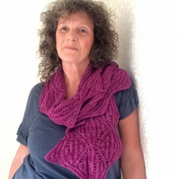 Scarf knitting kit in silk blend yarn