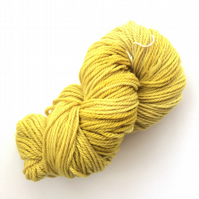 Natural Hand dyed yarn with nettles 100 grams superwash aran