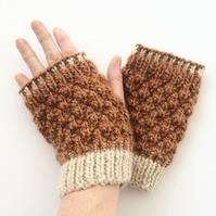Copper brown Fingerless gloves with cream trim