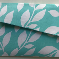 Turquoise & White Patterned Fold Over Magnetic Fastener Clutch Bag