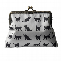 Black and White Cats Satin Clasp Bronze Clasp Clutch Evening Bag