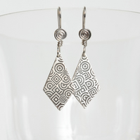 Etched Silver Kite-Shaped Earrings with Spiral