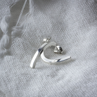 Silver Curved Square-Profile Bar Stud Earrings