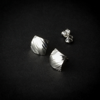 Hammered & Domed Diamond-Shaped Silver Stud Earrings