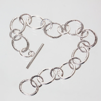 Hammer-Textured Silver Chain Bracelet - Broad Ovals Linked by Small Round Rings