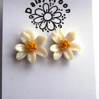Summery Daisy Stud Earrings
