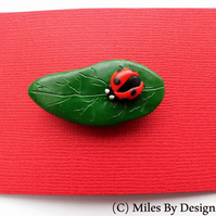 Lady Bird On A Leaf Brooch - Gifts - Polymer Clay - Accessories - Novelty