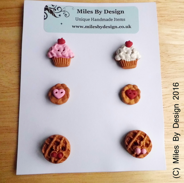 Cupcakes & Pastries Handmade Polymer Clay Buttons