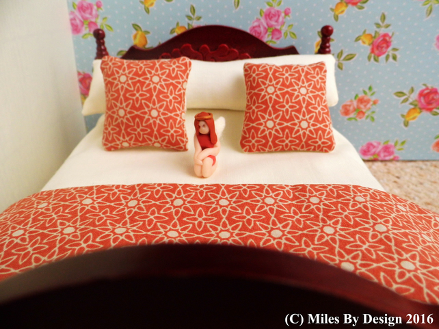1:12 Scale Cream Dolls House Bedding Set With Polymer Clay Fairy