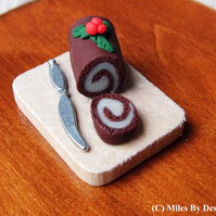 Miniature Christmas Yule log Cake for Dolls House - Food