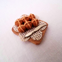 Miniature Hot Cross Buns Board for Dolls House - Food
