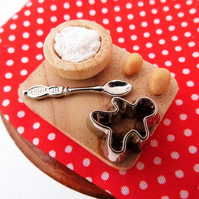 Miniature Cookie Baking Set for Dolls House - Food