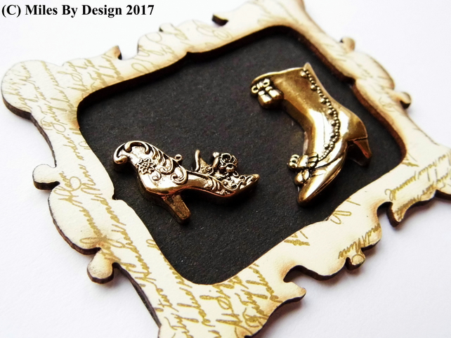 1:12 Scale Ladies Gold Shoes Picture Frame