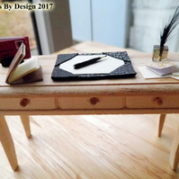 1:12 Scale Writing Desk Accessories