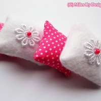 1: 12 Scale Set of Four Magenta & White Cushions
