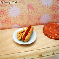 1:12 Scale Hot Dog and Chips Miniature