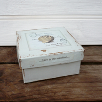 Gift box for the sea side