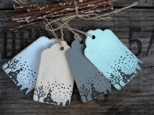Gift tags with village snow multi-coloured