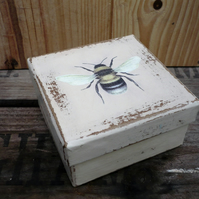 Decorated box with decoupaged bee