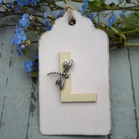 Pink gift tag with personalised initial