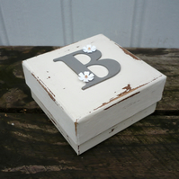 Gift box with personalised initial