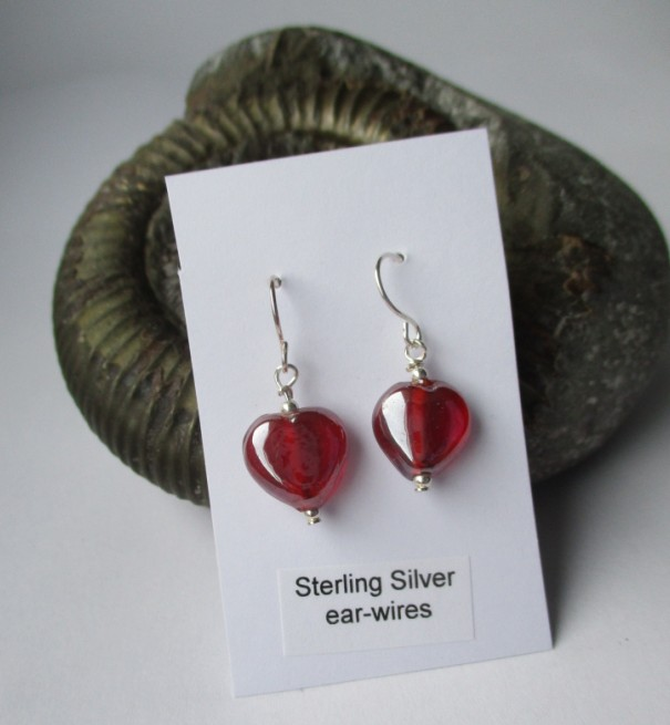 Red heart earrings - Valentine - free UK postage
