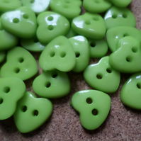 30 x 2-Hole Acrylic Buttons - Heart - 12mm - Green