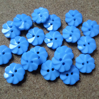 20 x 2-Hole Acrylic Buttons - Round - 14mm - Ridged Flower - Blue
