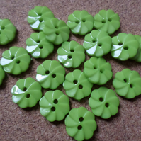 20 x 2-Hole Acrylic Buttons - Round - 14mm - Ridged Flower - Green