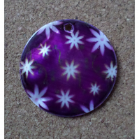 2 x Printed Shell Pendants - Round - 35mm - Purple Flowers