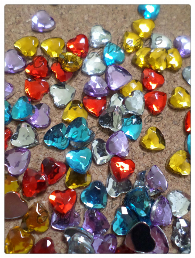 50 x Acrylic Rhinestones - Heart - 8mm - Mixed Colour