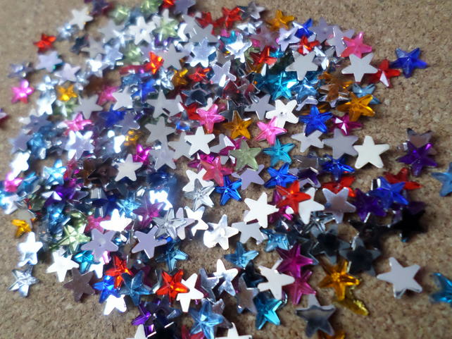 50 x Acrylic Rhinestones - 6mm - Star - Mixed Colour