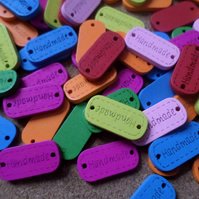 "10 x 2-Hole Wooden Button Tags - 24mm - ""Handmade"" - Mixed Colour"
