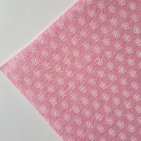 "1 x Printed Felt Square - 12"" x 12"" - Flowers - Pale Pink"