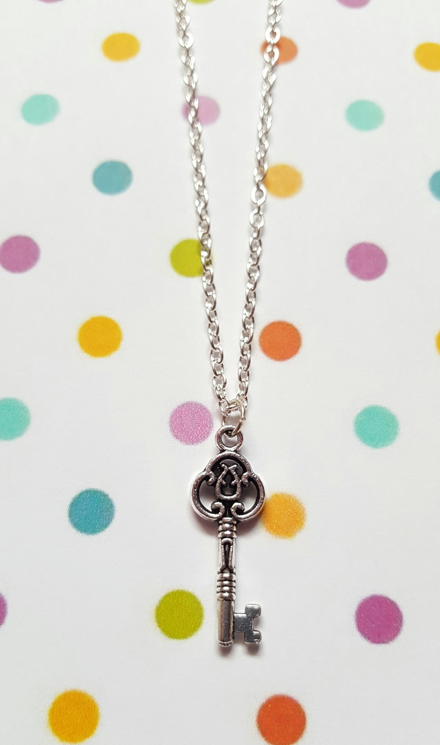 Key Necklace (Chain)
