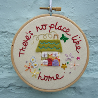 Embroidery Hoop, There's No Place Like Home, Green Butterfly
