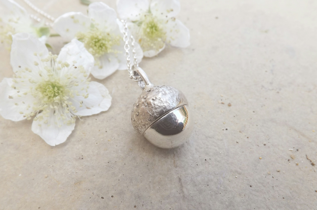 Chunky Silver Acorn Necklace