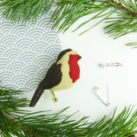 Robin bird felt Christmas brooch