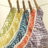 5 pairs of Pretty Gingham Knickers...Summertime!