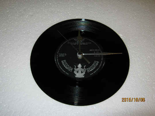 "Melanie - ""Brand New Key"" 7"" Vinyl Record Wall Clock"