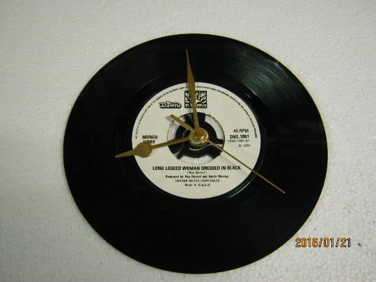 "Mungo Jerry - ""Long Legged Woman Dressed In Black"" 7"" Vinyl Record Wall Clock"